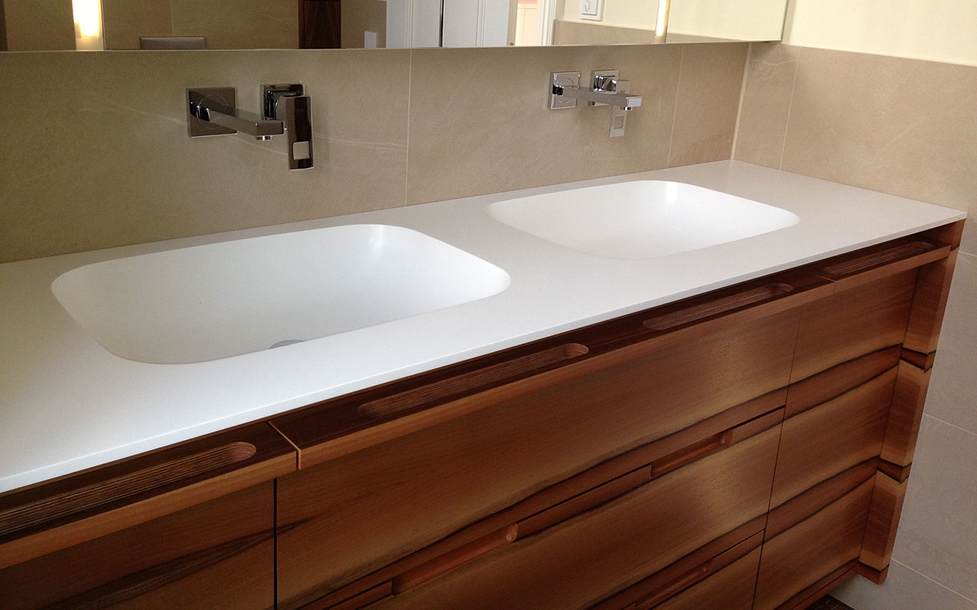 Badezimmer Waschbecken-Schrank Tischler