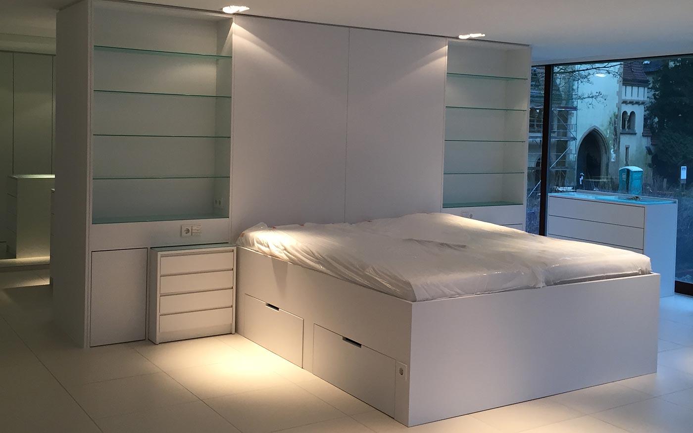 Schlafzimmer, Tischler-Arbeit